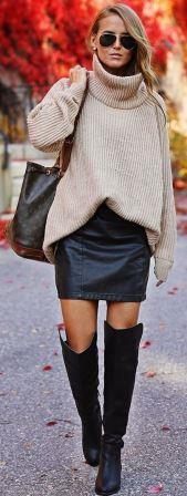 Кожаная юбка с объемным свитером