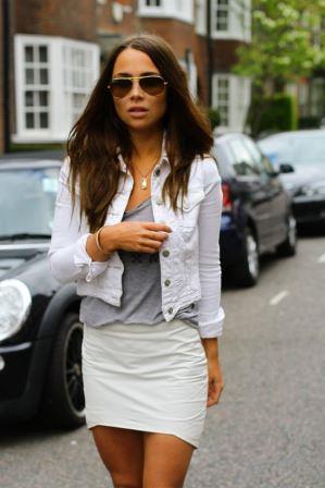 Белая джинсовая курточка